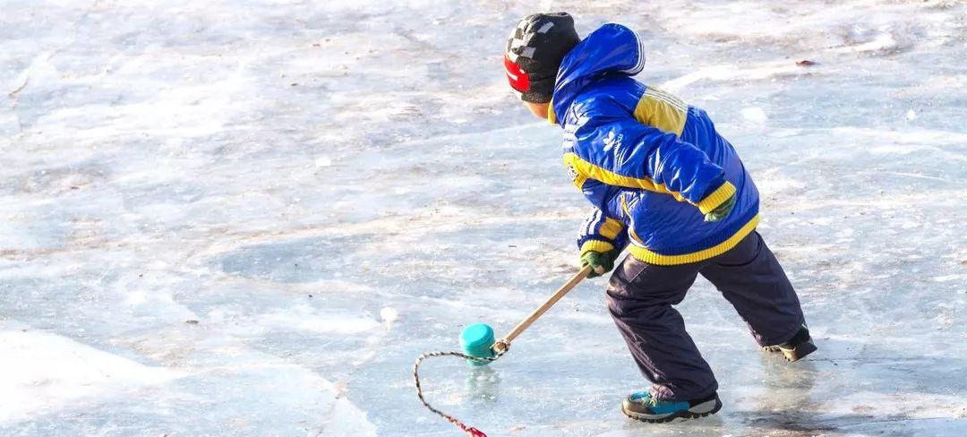 (9)【冰雪童话】亲子专线 哈尔滨-俄式风情伏尔加庄园-亚布力滑雪-雪乡穿越森林-镜泊湖冰瀑-冬捕-虎园6日-户外活动图-驼铃网