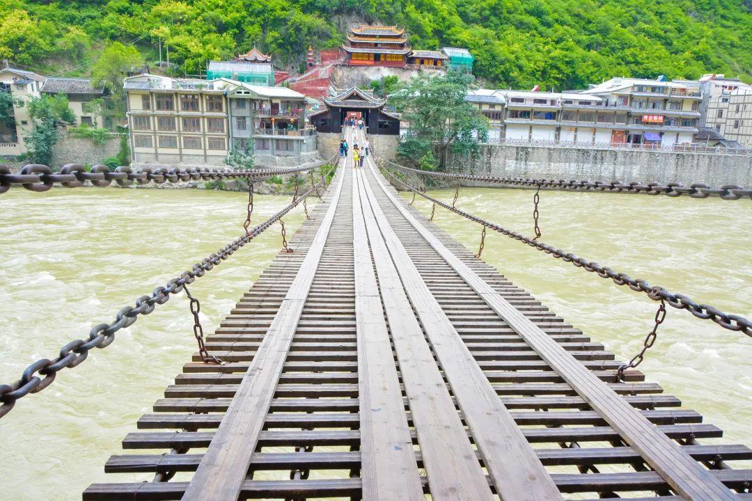 (44)【佛色稻亚】穿越佛国净土,走进最后香格里拉-色达+稻城亚丁经典之旅9日-户外活动图-驼铃网