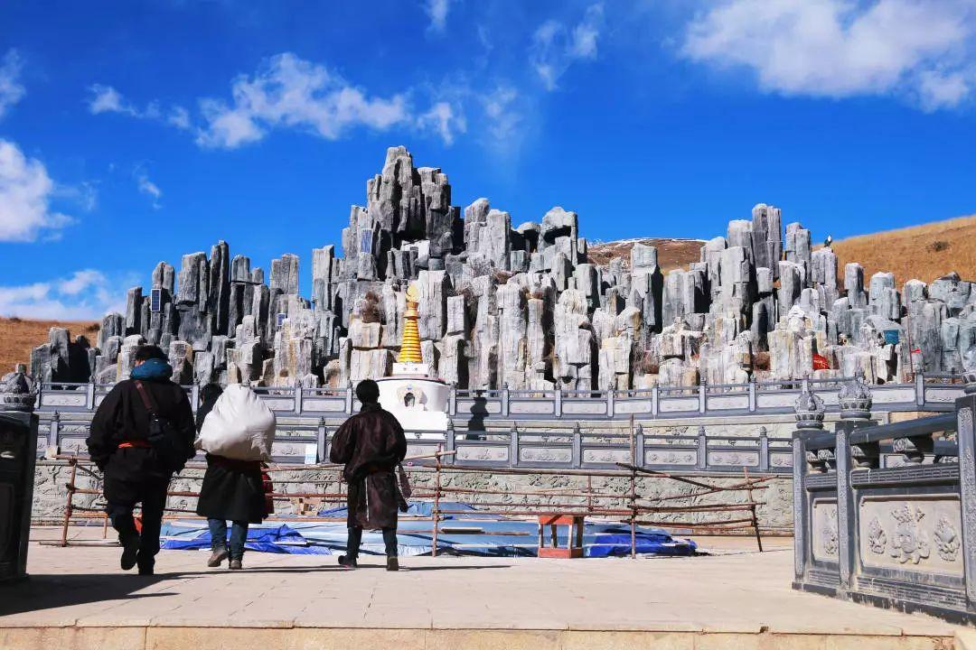 (23)【佛色稻亚】穿越佛国净土,走进最后香格里拉-色达+稻城亚丁经典之旅9日-户外活动图-驼铃网